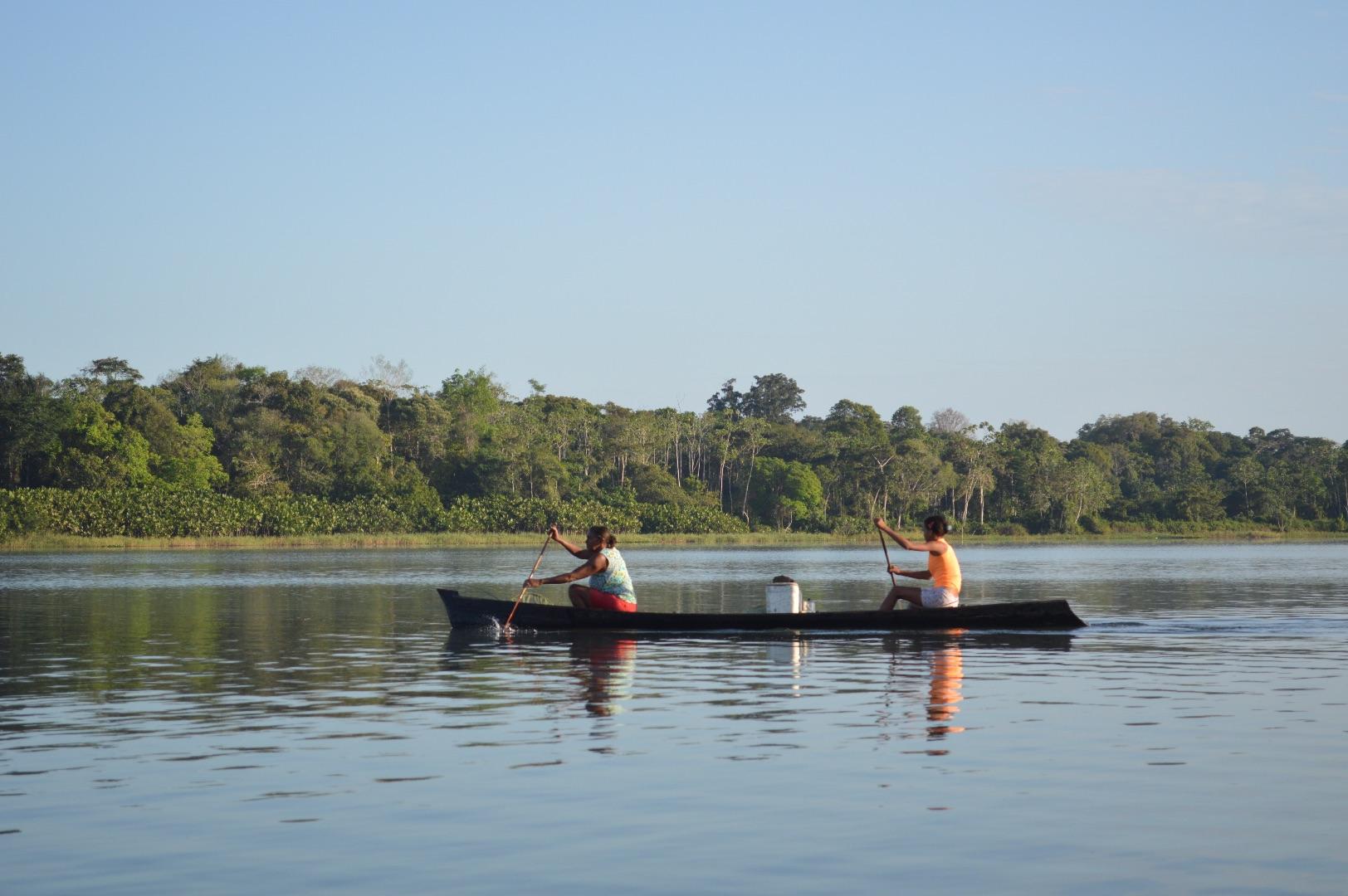 Fishing community in the Brazilian Amazon. Photo: Laura Castro-Diaz