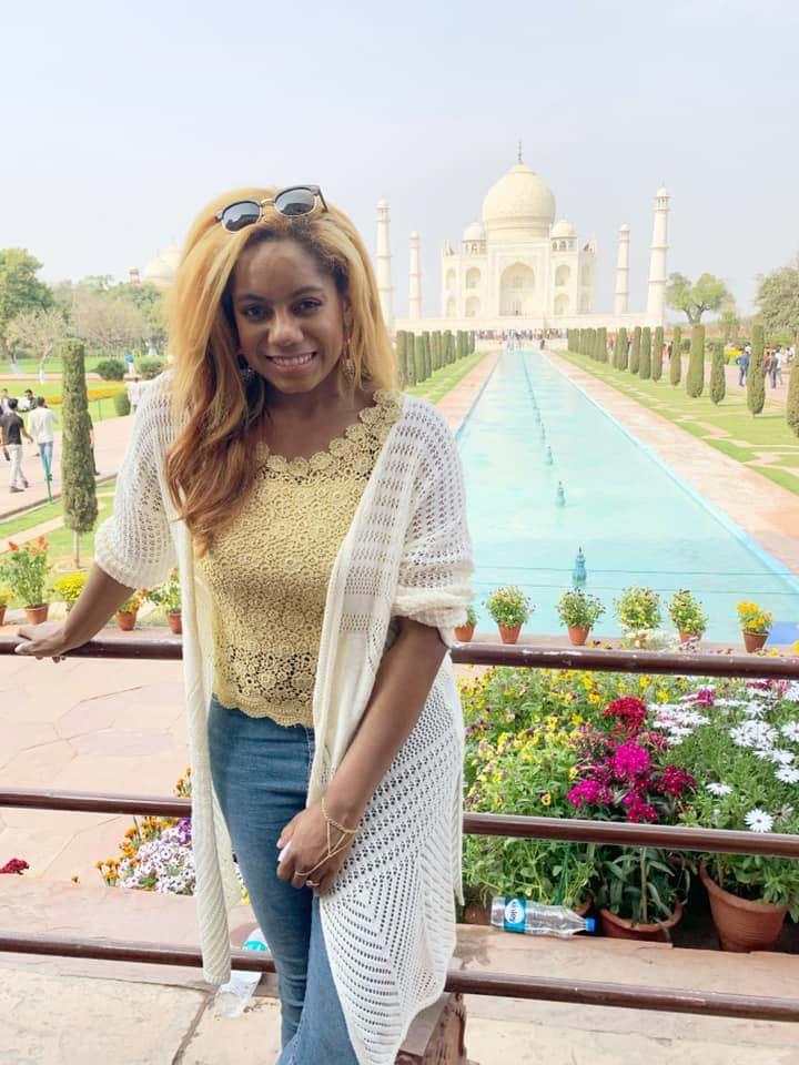 Marissa in front of the Taj Majal in India